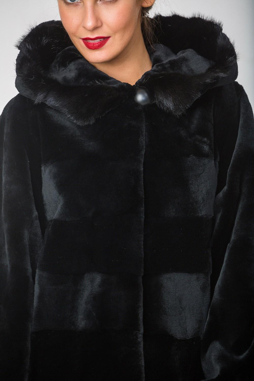 Купитьру - распродажа длинных норковых шуб с капюшоном 902100 от мехового